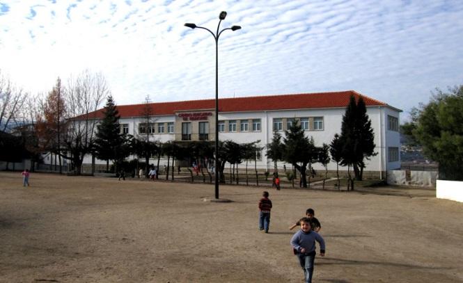 http://www.ae-pedroalvarescabral.net/images/centroeducativo.jpg